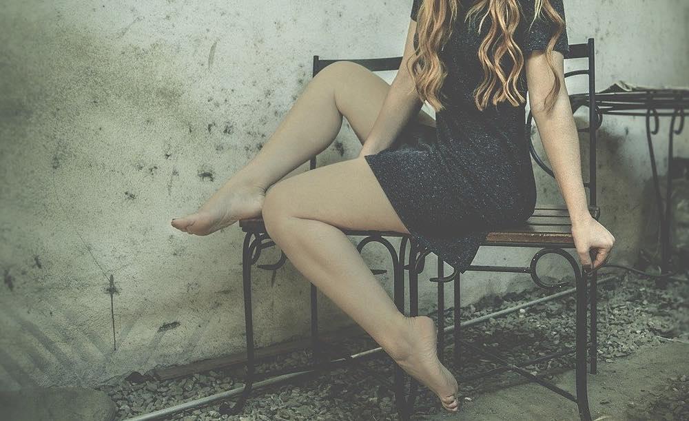jambes épilées à la lumière pulsée