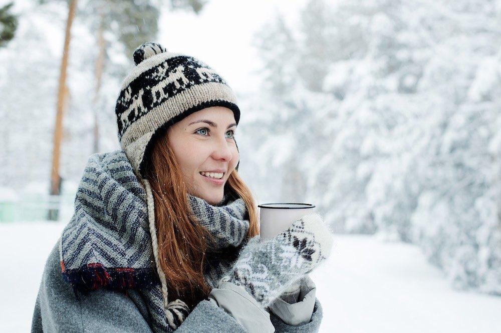 porter une écharpe tube en hiver